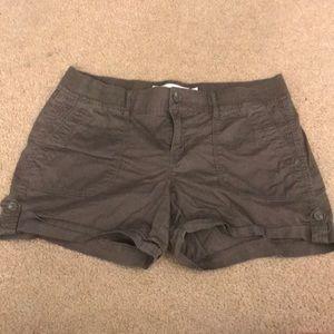 COMFY Olive Cargo Shorts